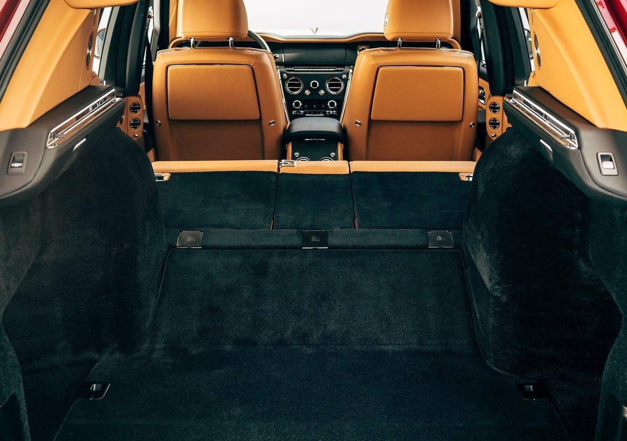 Rolls-Royce Cullinan Bagaj Alanı