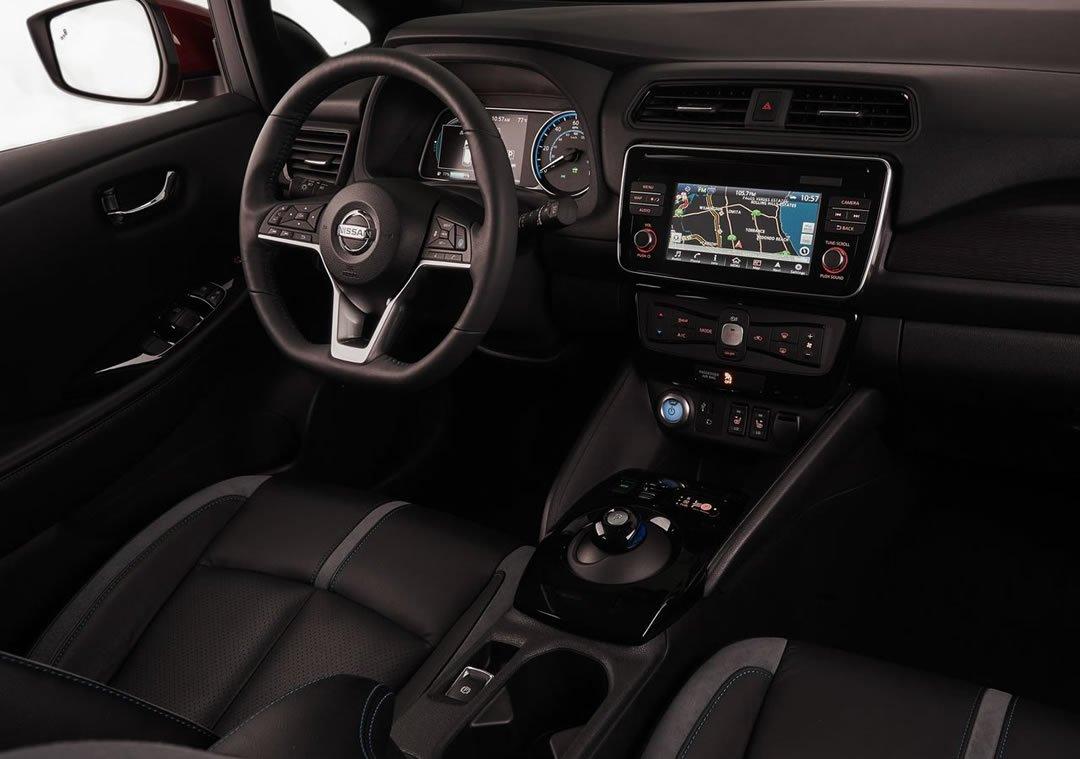 Yeni Nissan Leaf Kokpiti