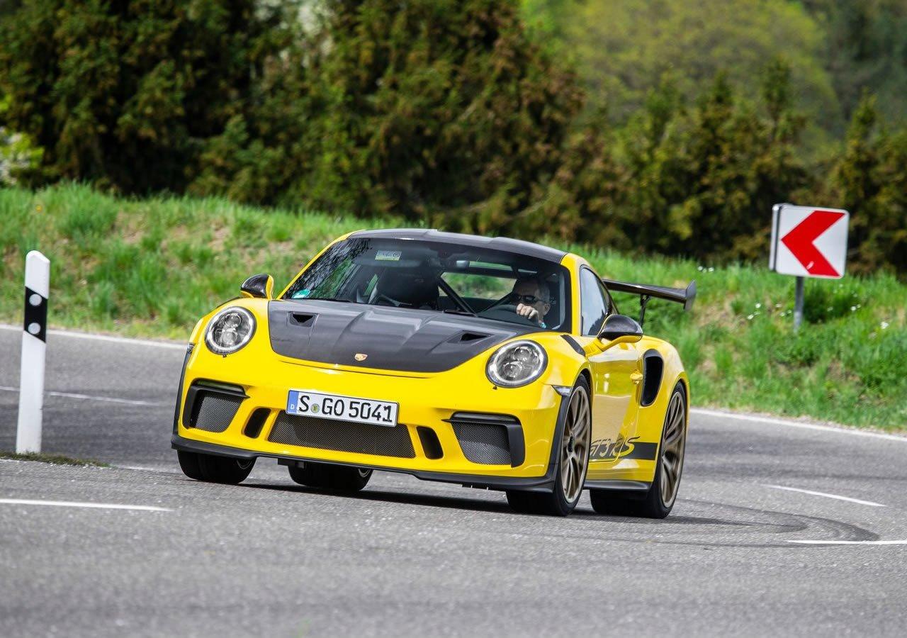 Porsche 911 GT3 RS Weissach Özellikleri