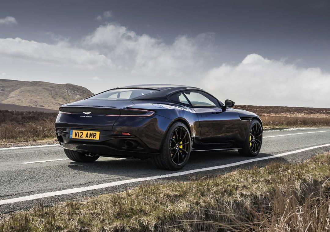 2019 Aston Martin DB11 AMR Özellikleri