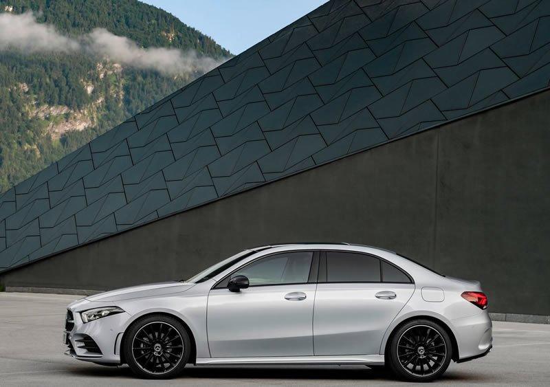 Yeni Mercedes-Benz A Serisi Sedan Donanımları