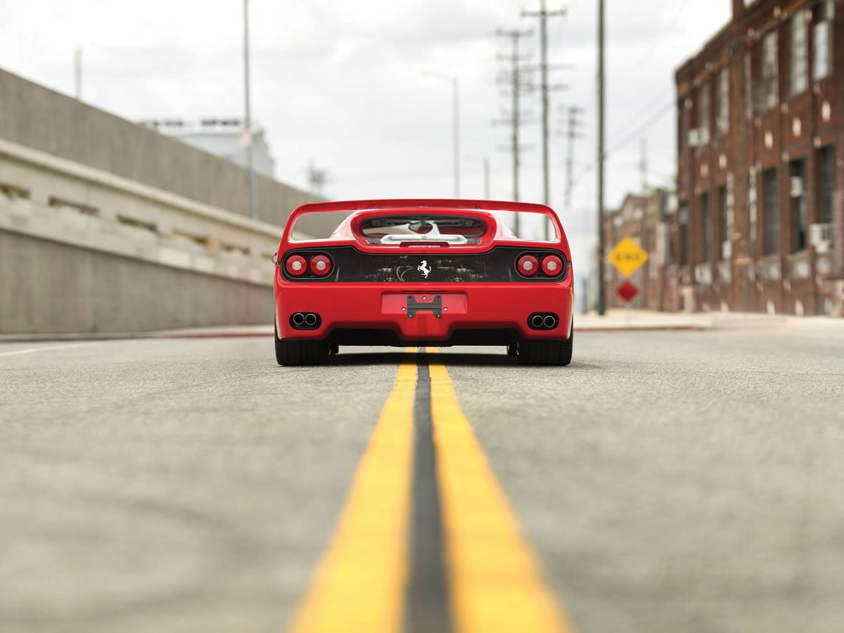 Ferrari F50 Maksimum Hız