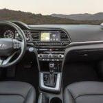 Makyajlı 2019 Hyundai Elantra Kokpiti
