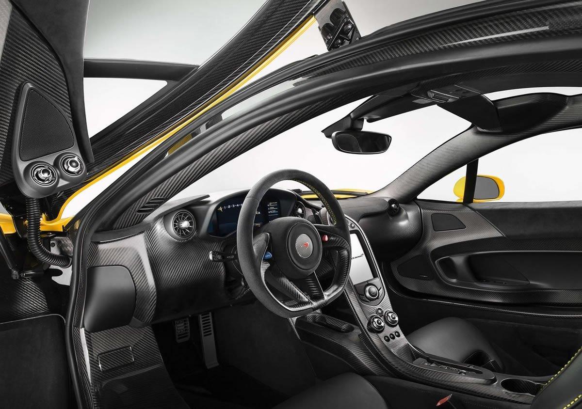 McLaren P1 Kokpiti