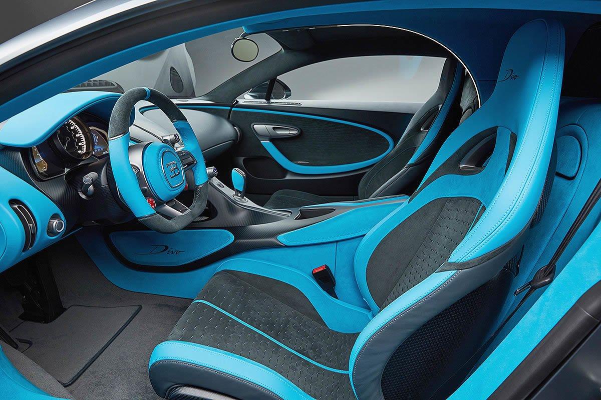 Blue Jeep Renegade >> Yeni Bugatti Divo Kokpiti - Oto Kokpit