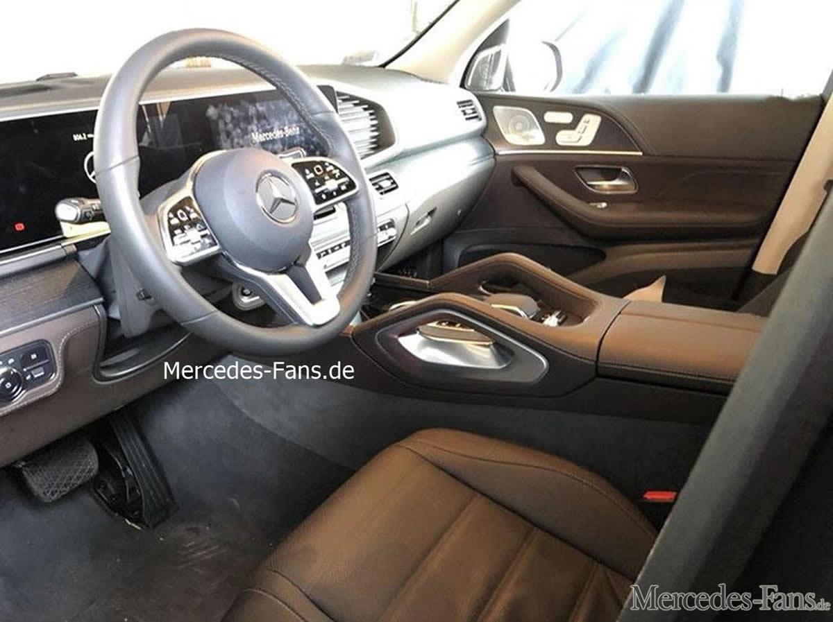 Yeni Mercedes GLE Kokpiti