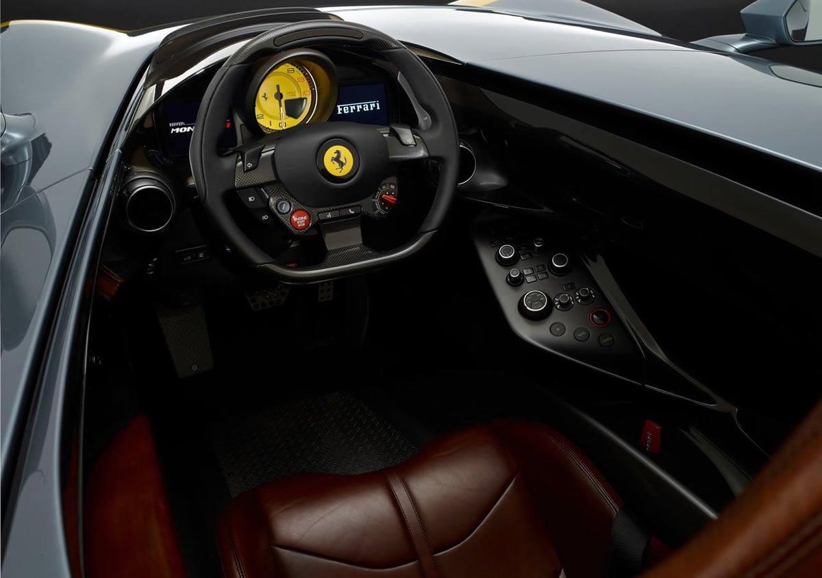 Ferrari Monza SP1 Kokpiti