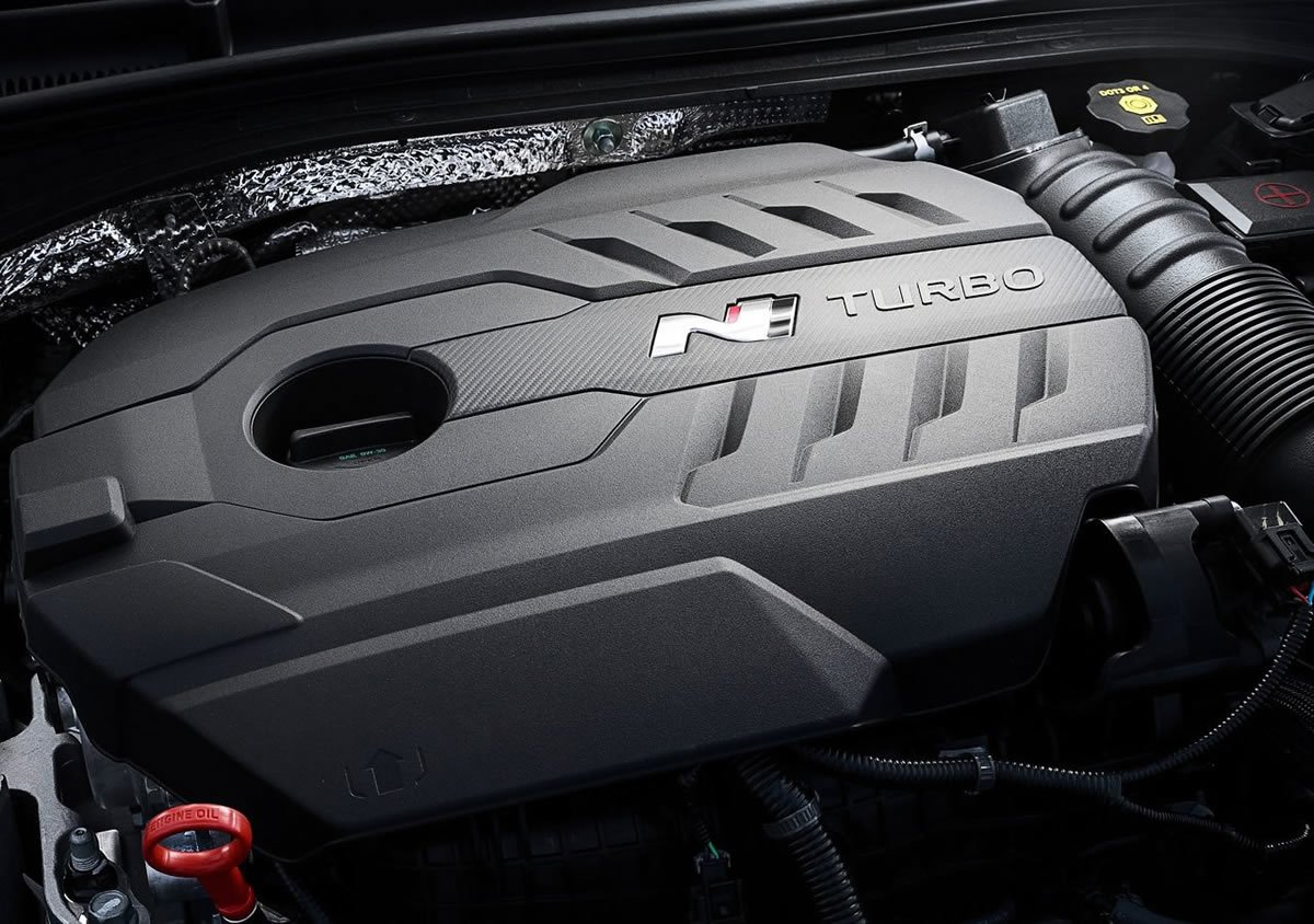 Yeni Hyundai i30 Fastback N Motoru