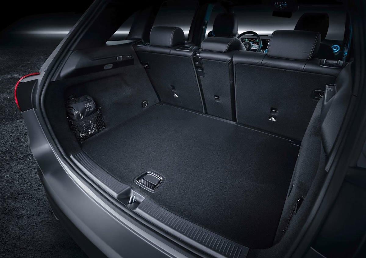 2019 Yeni Kasa Mercedes B Serisi Bagaj Alanı