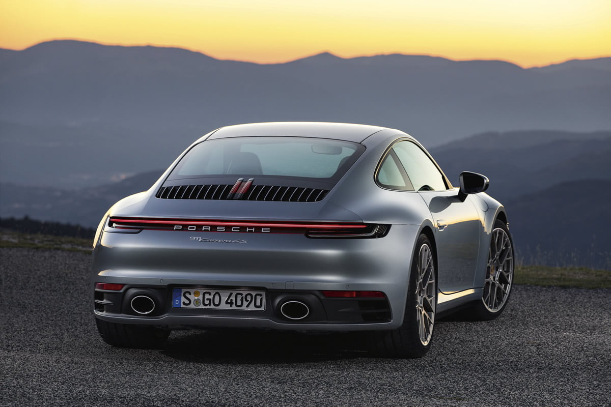 Yeni Porsche 911 992 0-100 km/s