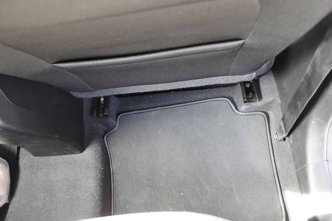 Hyundai İ20 1.4 CRDi Jump Diz Mesafesi