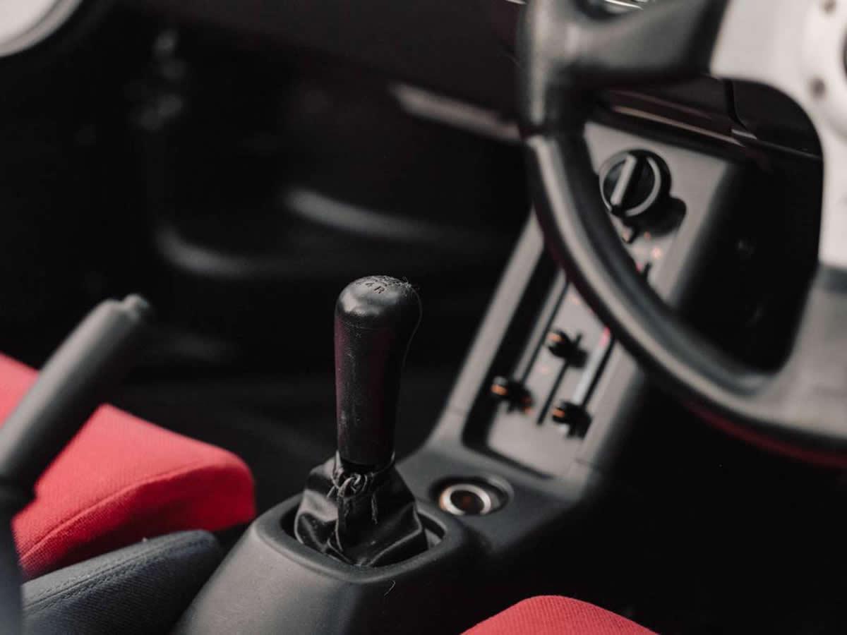 Mazda Autozam AZ1 Kokpiti