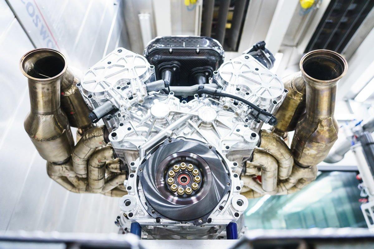 Aston Martin Valkyrie V12 Motoru Kaç Beygir?