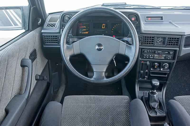 Opel Kadet GSI Kokpiti