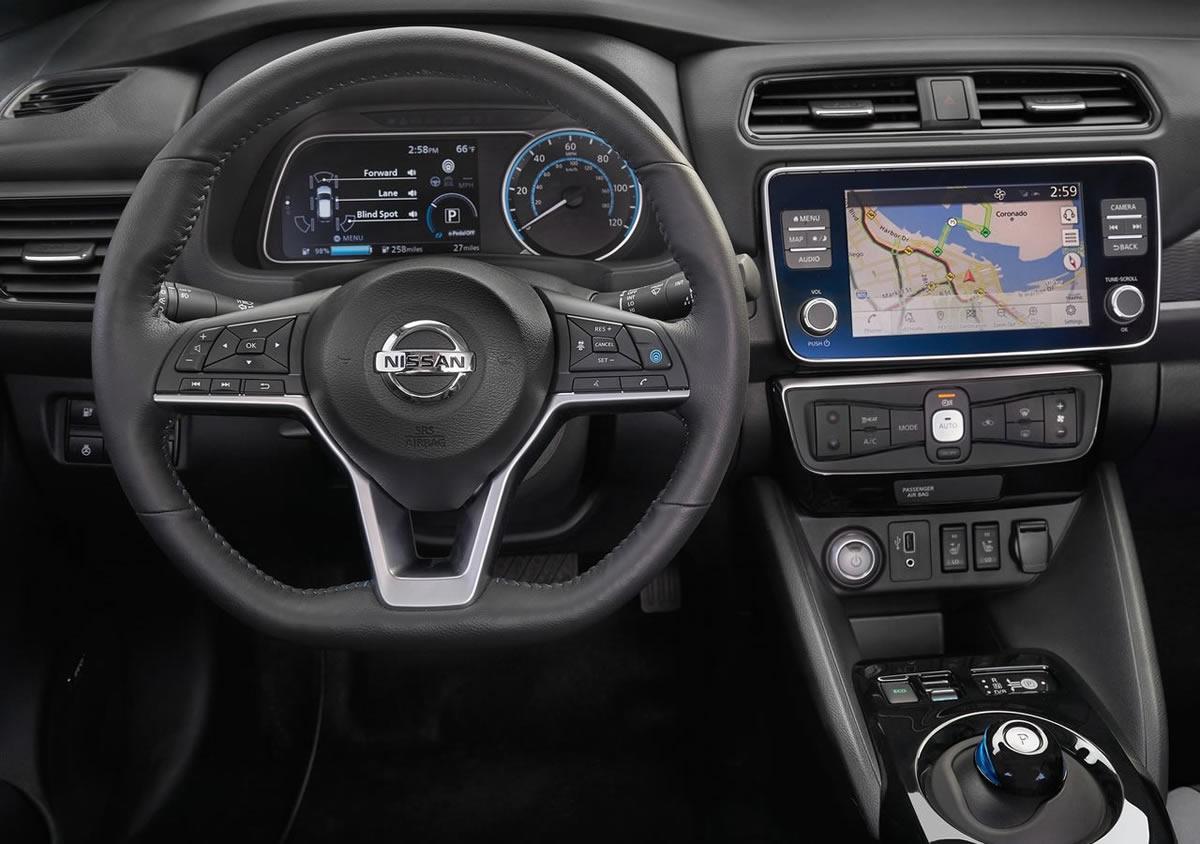 2019 Yeni Nissan Leaf e plus Kokpiti