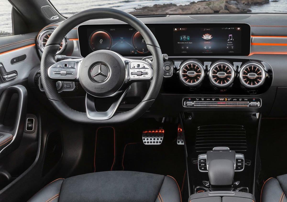 2020 Yeni Kasa Mercedes-Benz CLA Kokpiti