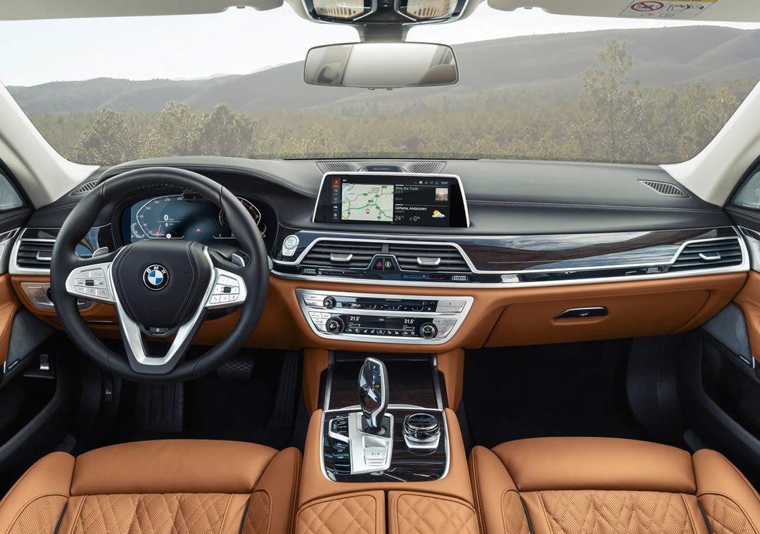Makyajlı 2020 BMW 7 Serisi Kokpiti