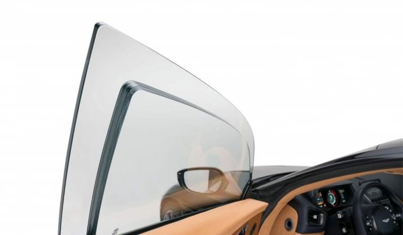 Zırhlı Aston Martin DB11 Camları
