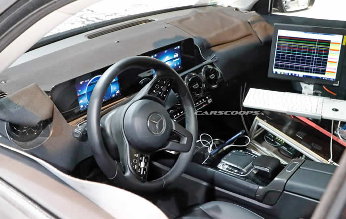 2020 Mercedes-AMG GLB 35 Kokpiti