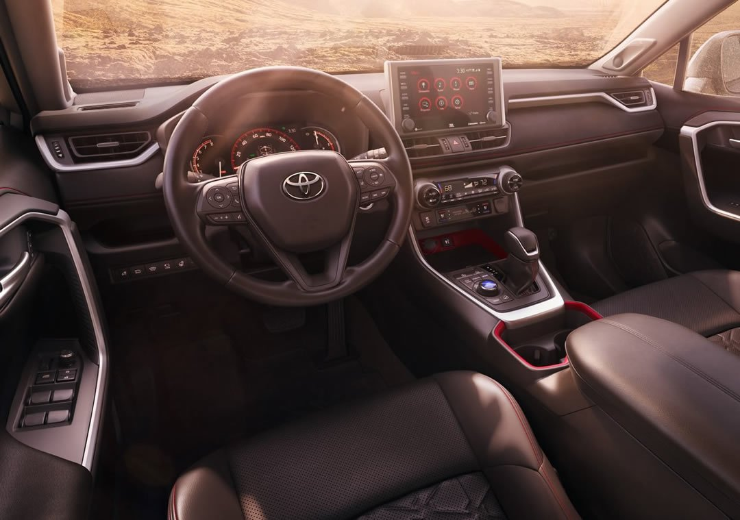 2020 Yeni Toyota RAV4 TRD Off Road Kokpiti