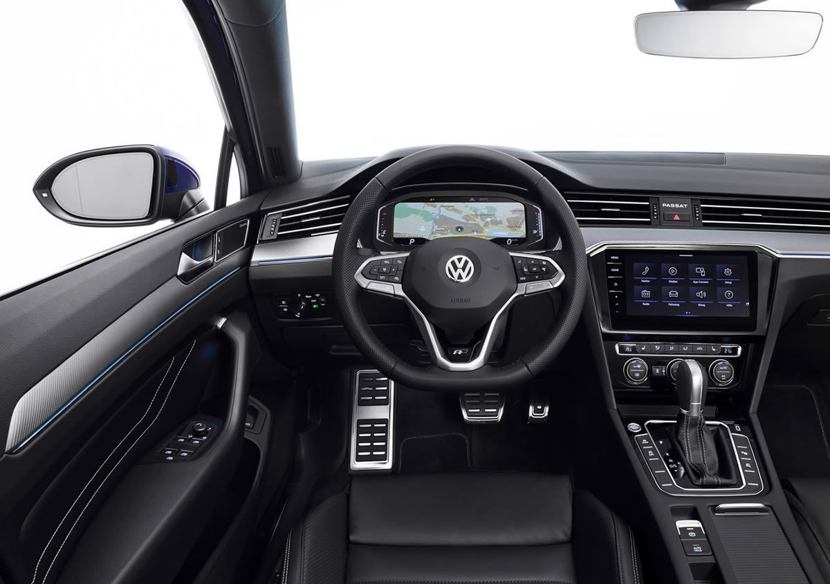 Makyajlı 2019 Yeni Volkswagen Passat Kokpiti