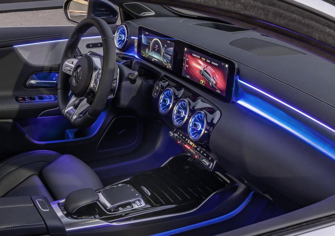 Mercedes-AMG A35 4Matic Sedan Donanımları