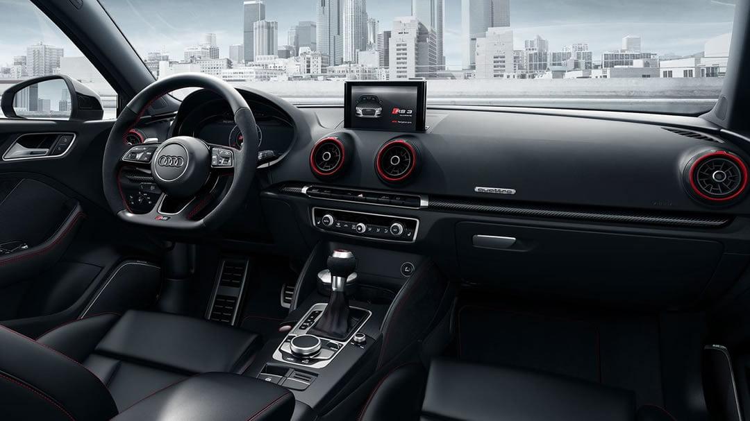 2019 Model Audi RS3 Sedan Kokpiti