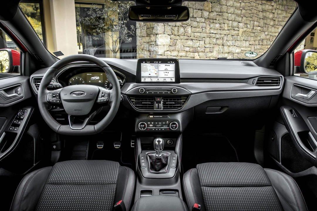 2019 Model Ford Focus HB Kokpiti