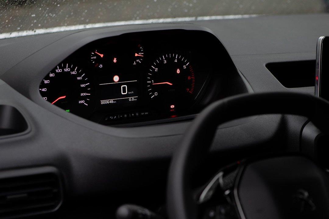 2019 Yeni Kasa Peugeot Partner Van Kokpiti