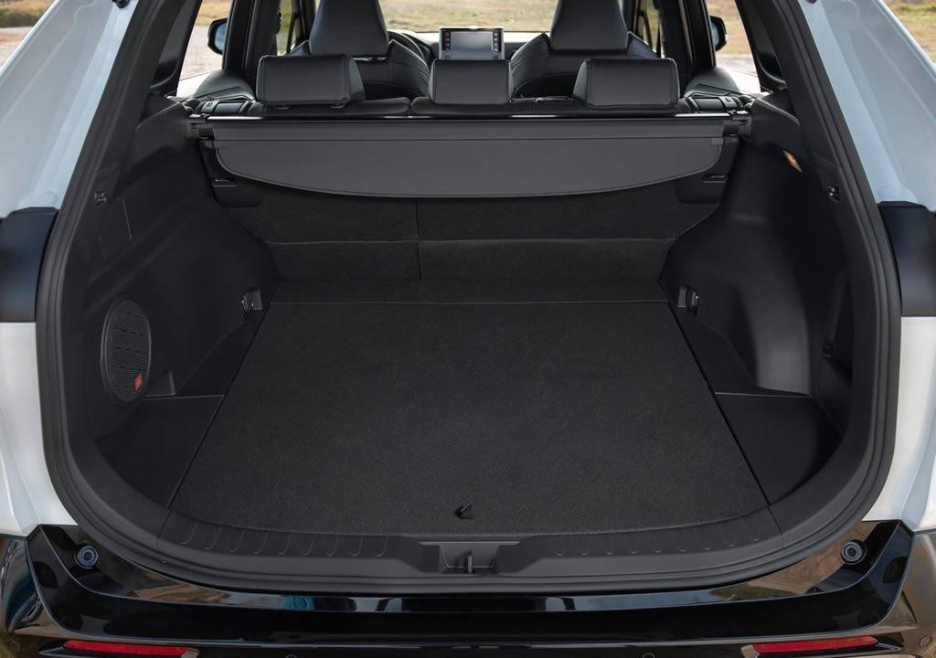 2019 Yeni Toyota RAV4 Hibrit Flame Bagaj Alanı