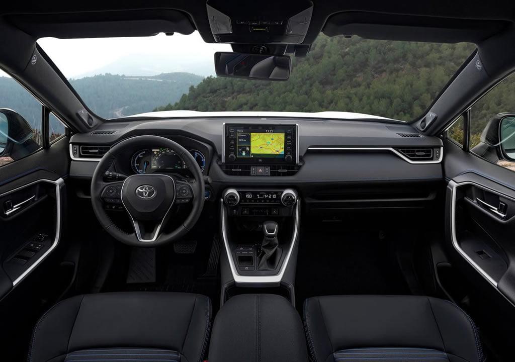 2019 Yeni Toyota RAV4 Hibrit Kokpiti