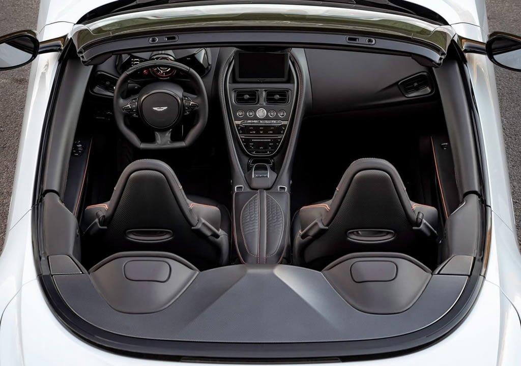 2020 Aston Martin DBS Superleggera Volante Kokpiti