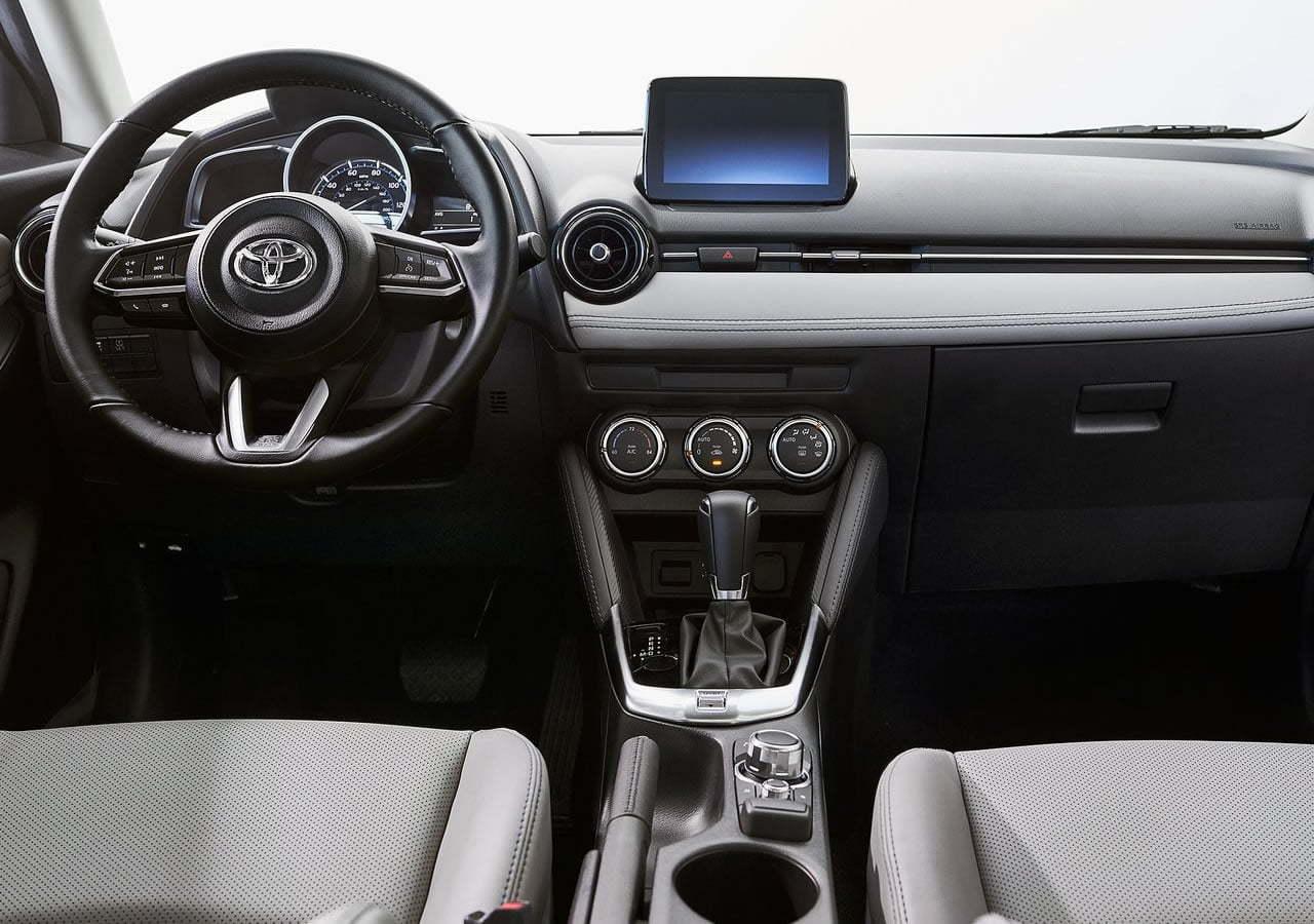 2020 Yeni Toyota Yaris Hatchback İçi