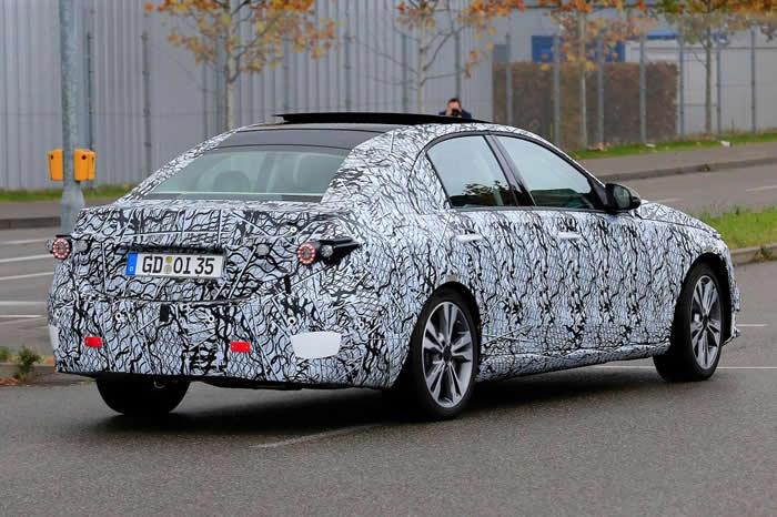 2021 Yeni Kasa Mercedes-Benz C Serisi Ne Zaman?