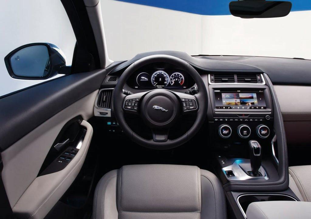 2019 Model Jaguar E-Pace Kokpiti