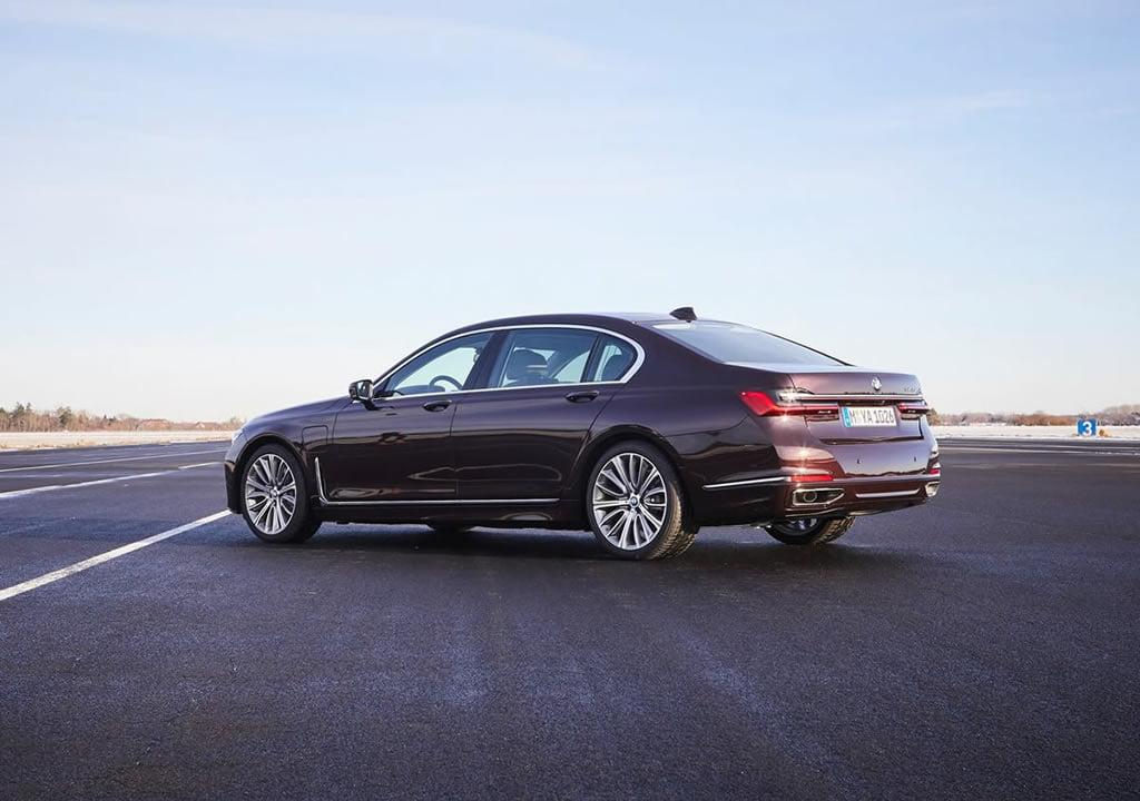 2020 Yeni BMW 745Le Teknik Verileri