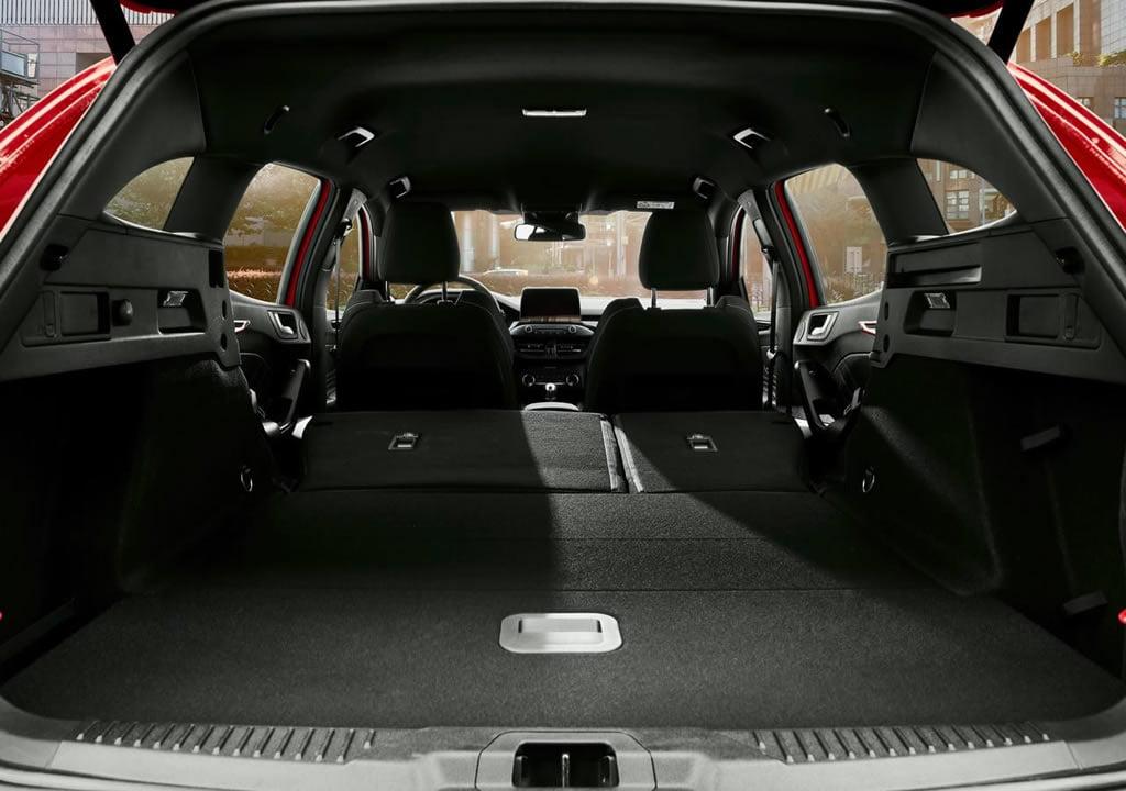 2020 Yeni Ford Focus ST Wagon İçi