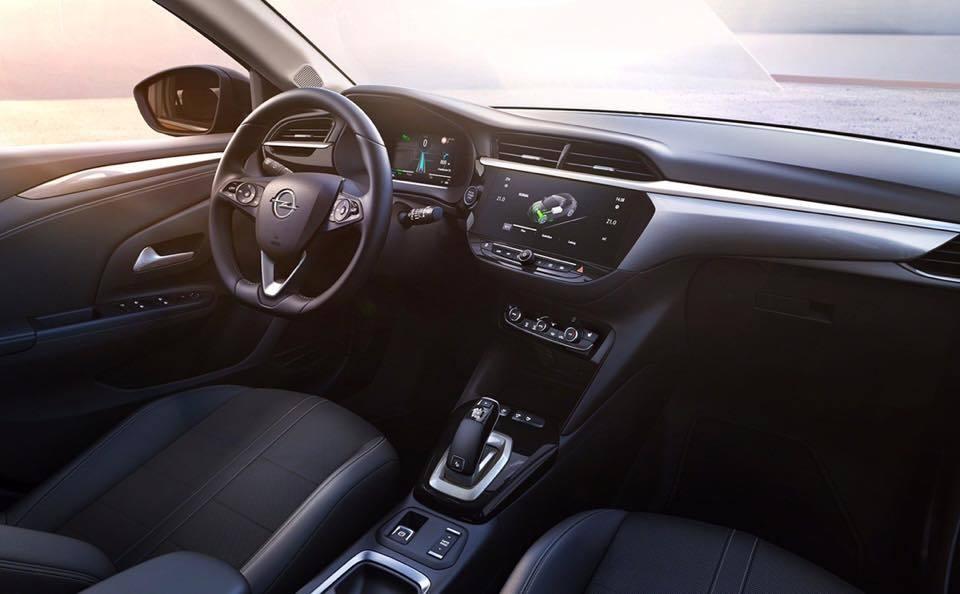2020 Yeni Kasa Opel Corsa Kokpiti