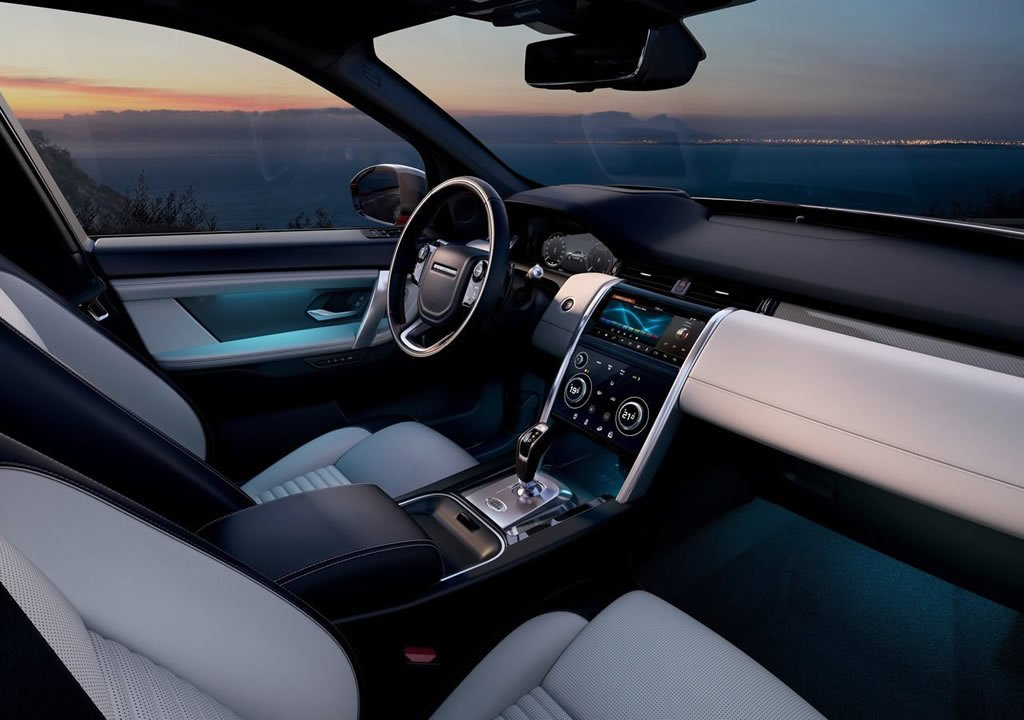 Makyajlı 2020 Land Rover Discovery Sport Kokpiti