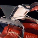Martı Kanatlı Mercedes-Benz 300SL Gullwing