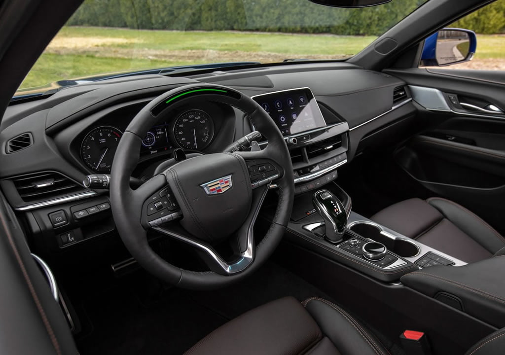 2020 Yeni Cadillac CT4-V Kokpiti