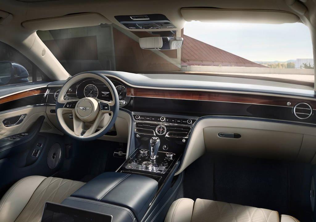 2020 Yeni Kasa Bentley Flying Spur İçi