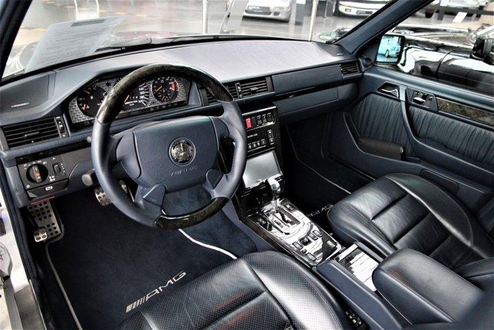 Mercedes E 60 AMG Kokpiti