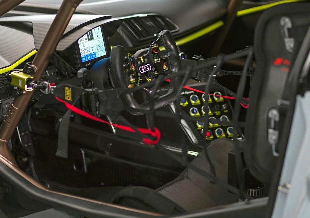 2020 Audi R8 LMS GT2 Donanımları