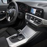 Yeni Kasa BMW 320i İçi