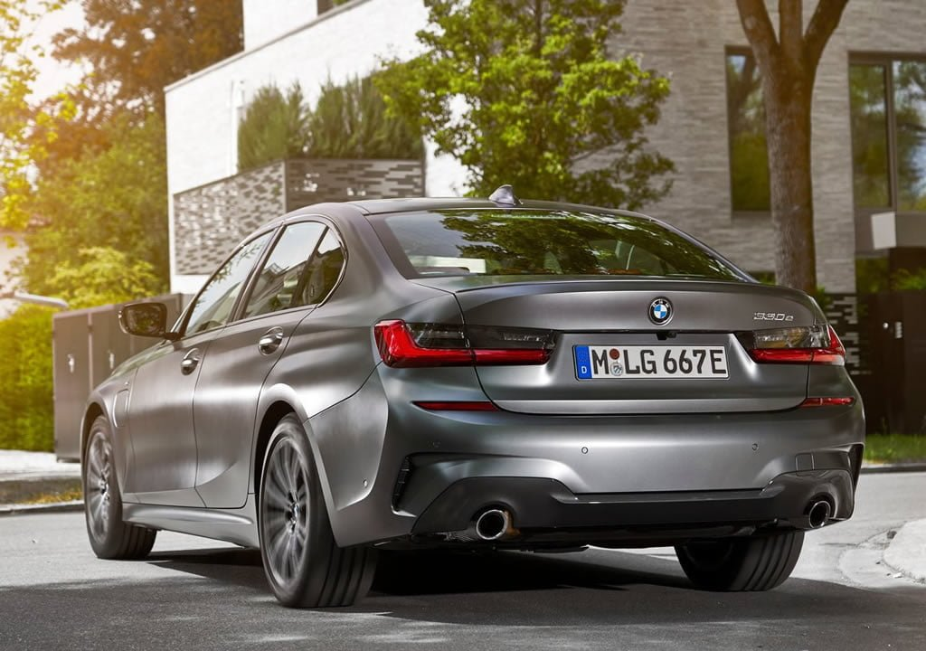 2019 BMW 330e Sedan Kaç Beygir?