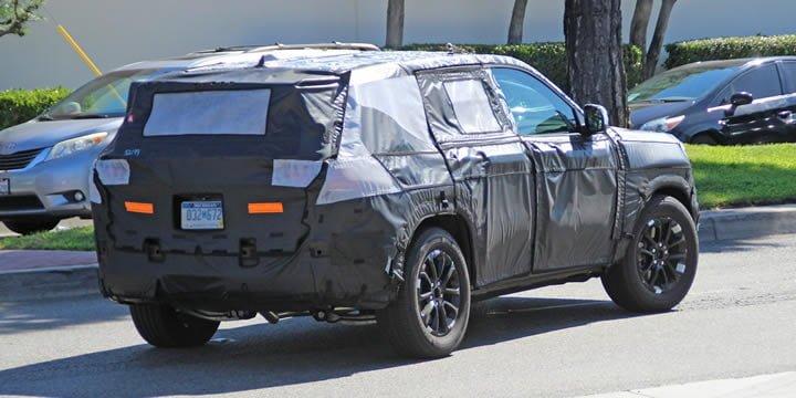 2021 Yeni Kasa Jeep Grand Cherokee Ne Zaman Çıkacak?