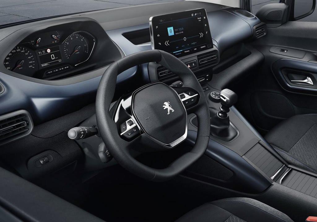 Yeni Peugeot Rifter Plus Donanımları