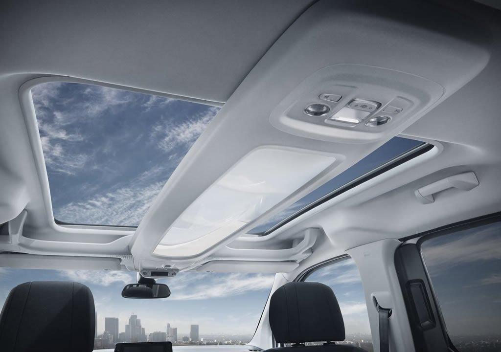 Yeni Peugeot Rifter Plus İçi