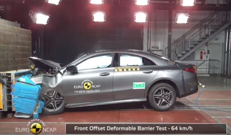 2019 Yeni Mercedes-Benz CLA Çarpışma Testi